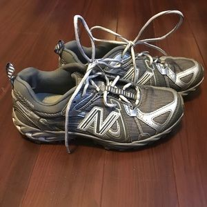 New Balance 573 Gray Womens Running Shoes Size 8.5